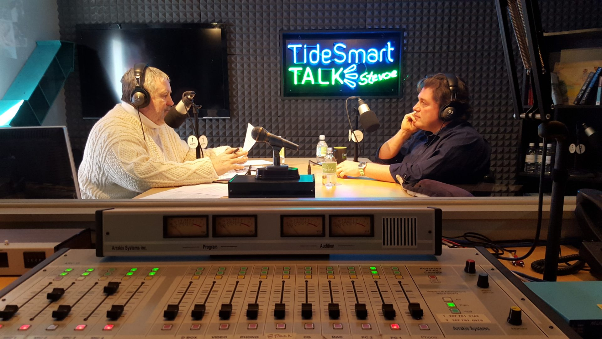 Host of TideSmart Talk with Stevoe, Steve Woods, welcomed Medical Researcher at Maine Medical Center's Research Institute, Dr. Leif Oxburgh (at right).
